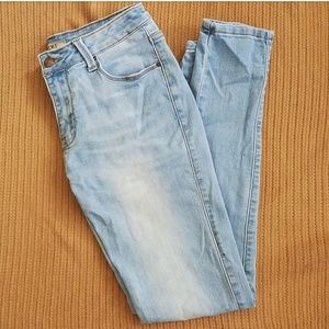 Lightwash jeans